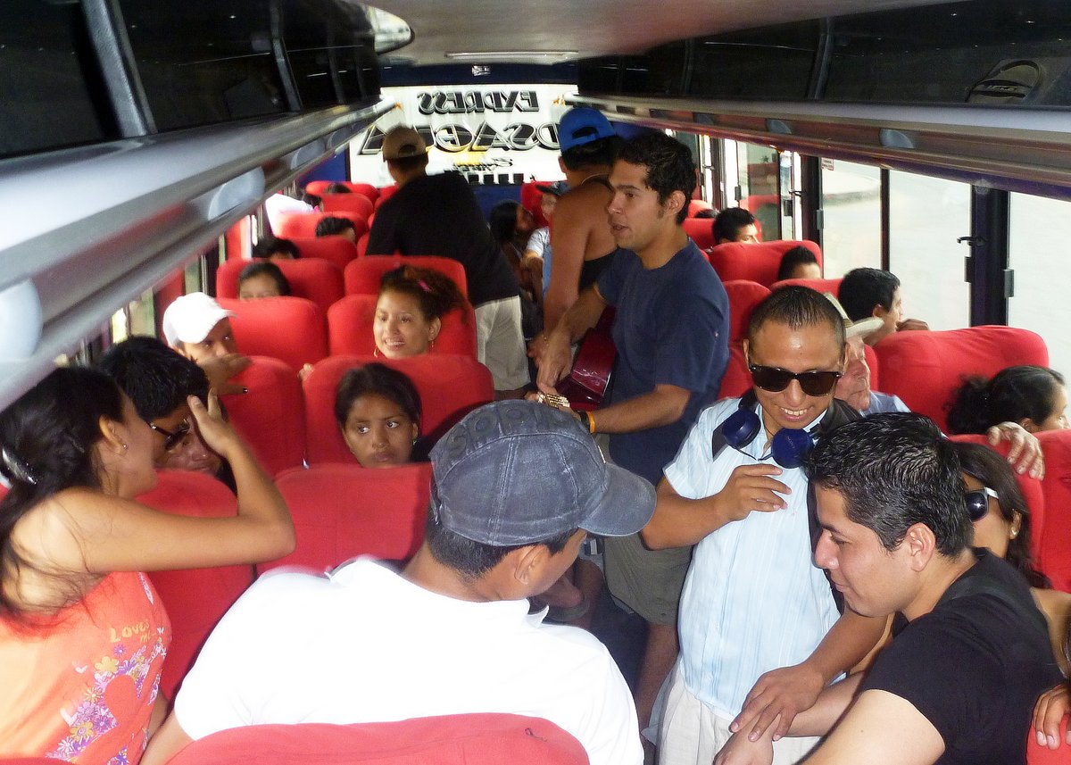 Impromptu party on the bus to Canoa