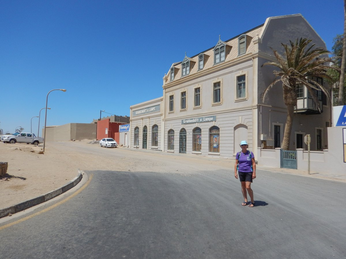 End of Luderitz High Street